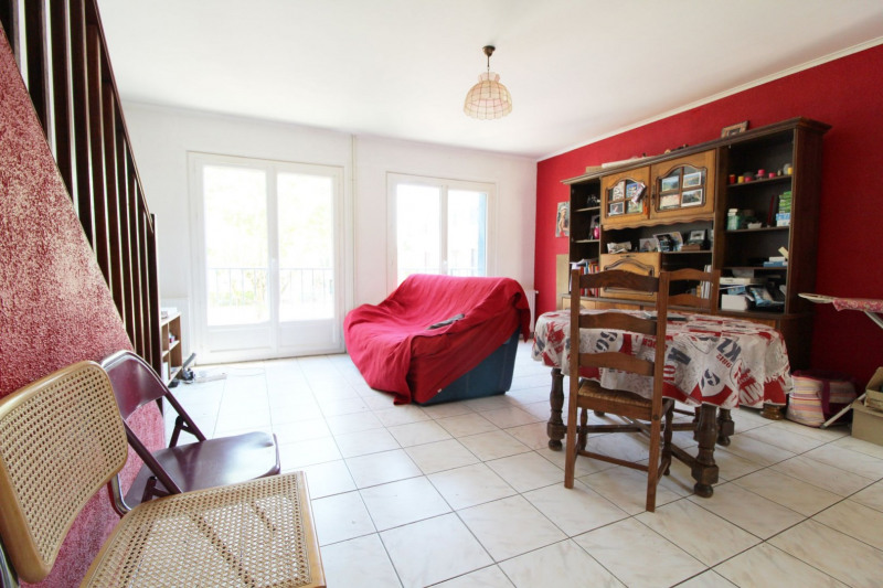 Vente maison / villa Maurepas 239 999€ - Photo 2