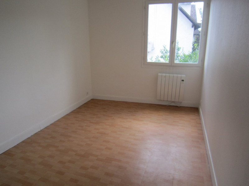 Sale apartment Montlhéry 107 000€ - Picture 3