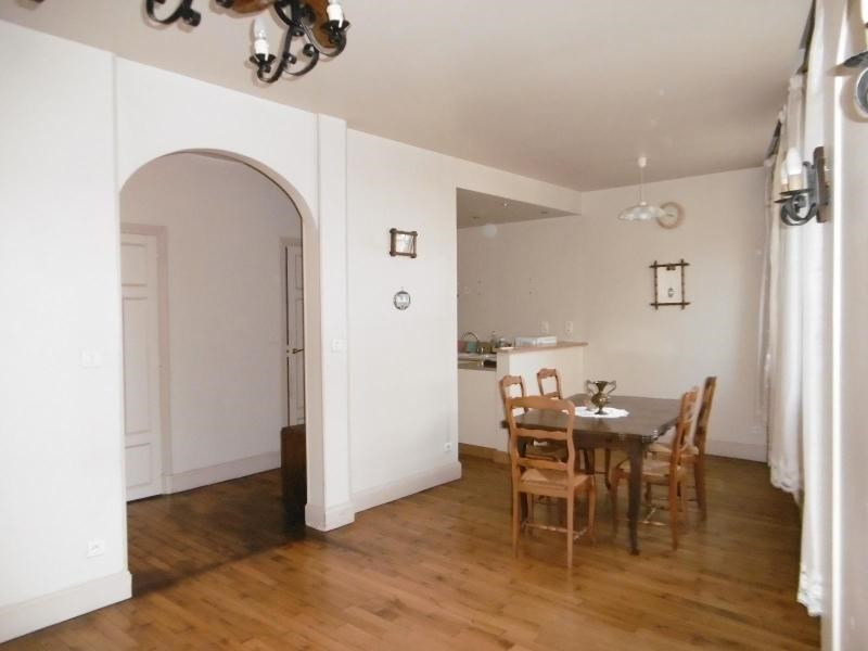 Sale apartment Vichy 82 000€ - Picture 1