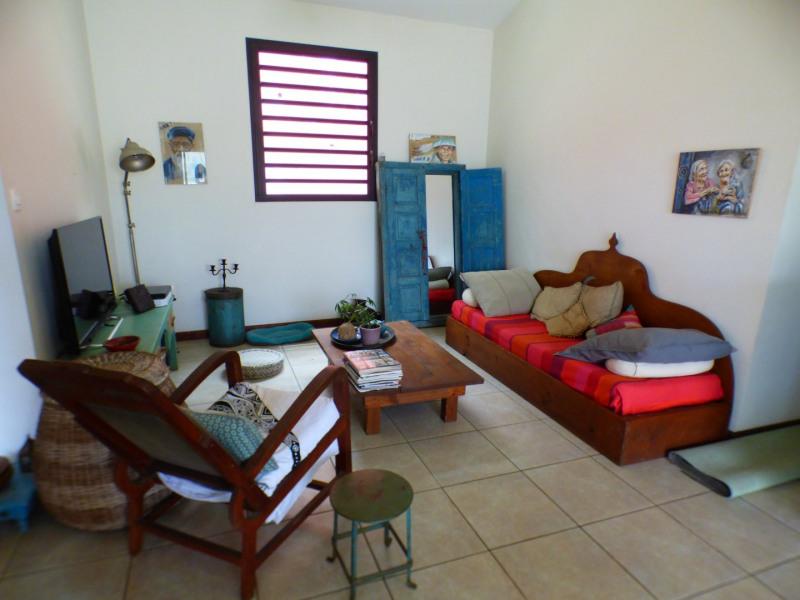 Sale house / villa Les avirons 283500€ - Picture 4