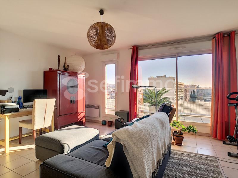 Rental apartment Marseille 5ème 919€ CC - Picture 1