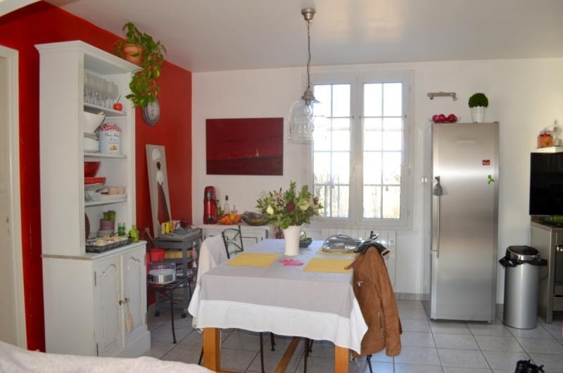 Sale house / villa L isle sur la sorgue 309000€ - Picture 3