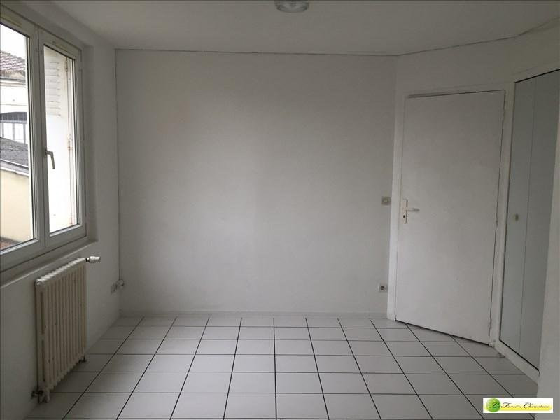 Location appartement Angoulême 405€ CC - Photo 3