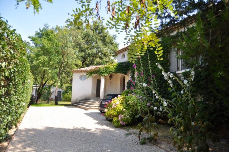 Deluxe sale house / villa Aix en provence 970000€ - Picture 4