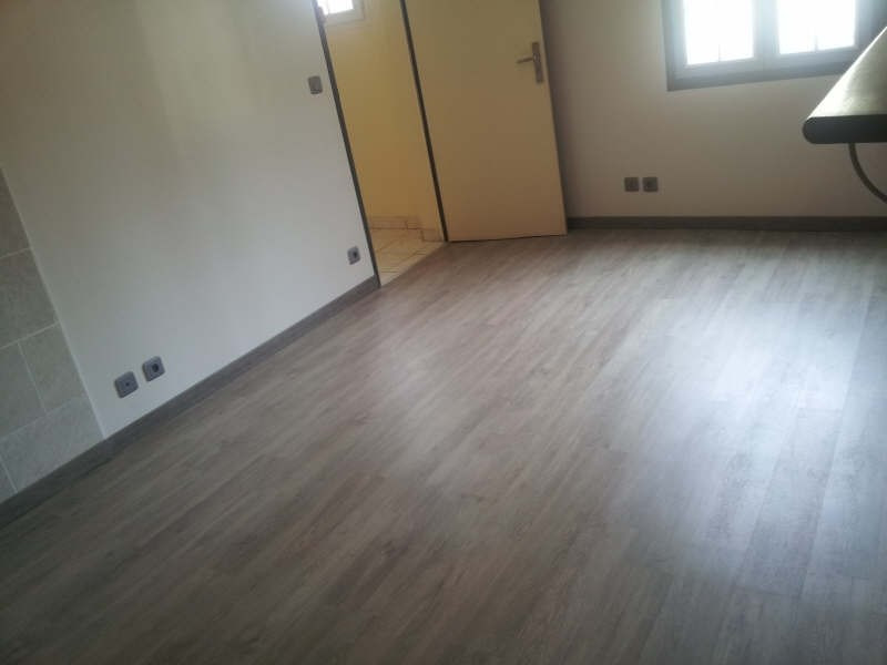 Rental apartment Maurecourt 495€ CC - Picture 4