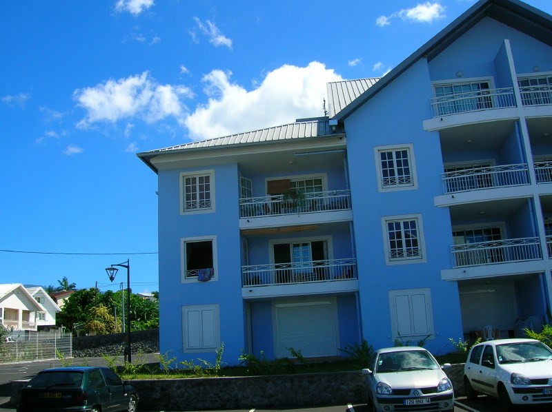Sale apartment Le tampon 133000€ - Picture 1