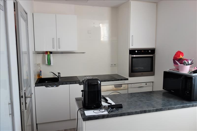Location appartement Gemenos 780€ CC - Photo 2