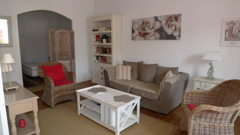 Vacation rental apartment Saint-jean-de-luz 890€ - Picture 1