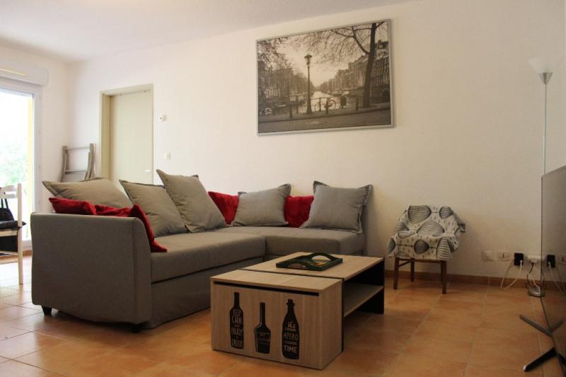 Alquiler vacaciones  apartamento La roque d'antheron 562,50€ - Fotografía 1