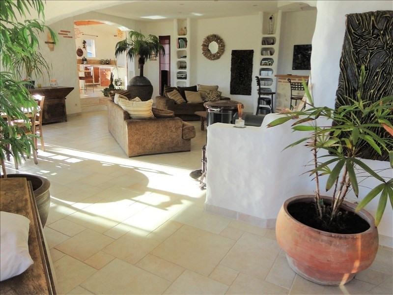 Deluxe sale house / villa Vives 605000€ - Picture 3
