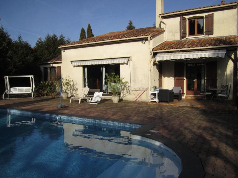 Sale house / villa Barbezieux-saint-hilaire 286000€ - Picture 2