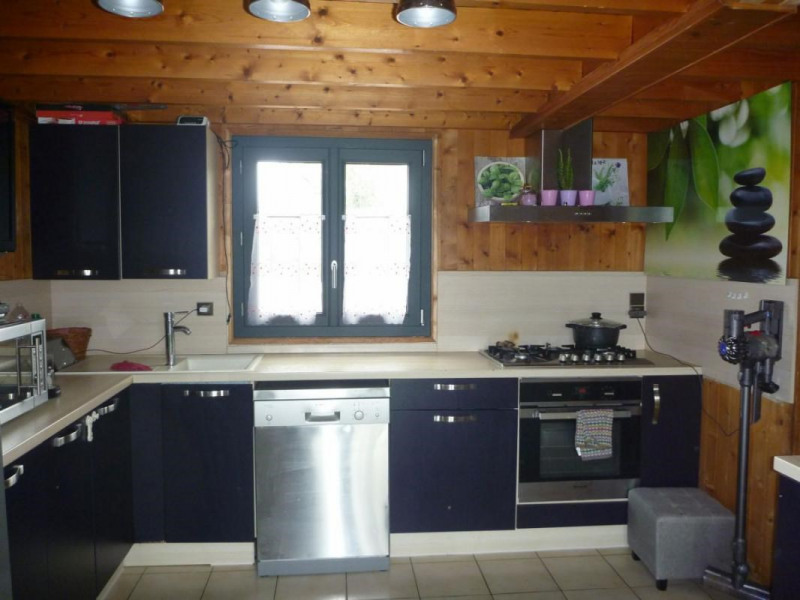Sale house / villa Lisieux 194500€ - Picture 4