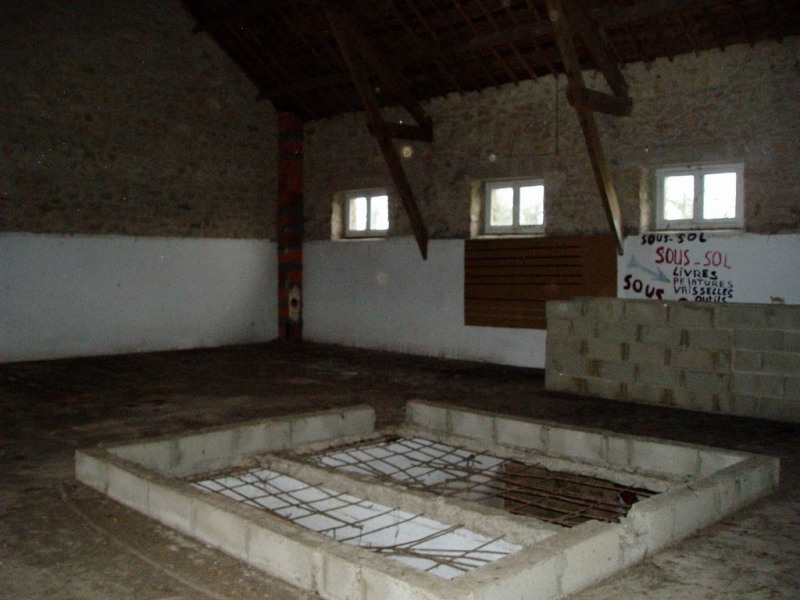 Location local commercial Saint gerand 300€ HC - Photo 2