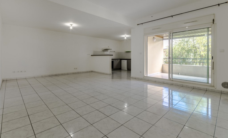 Location appartement Saint pierre 850€ CC - Photo 3