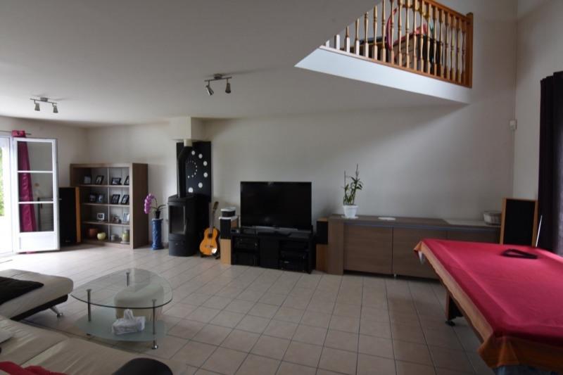 Sale house / villa Neuilly en thelle 469000€ - Picture 2
