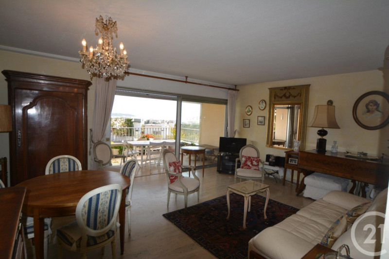 Deluxe sale apartment Antibes 648 000€ - Picture 5