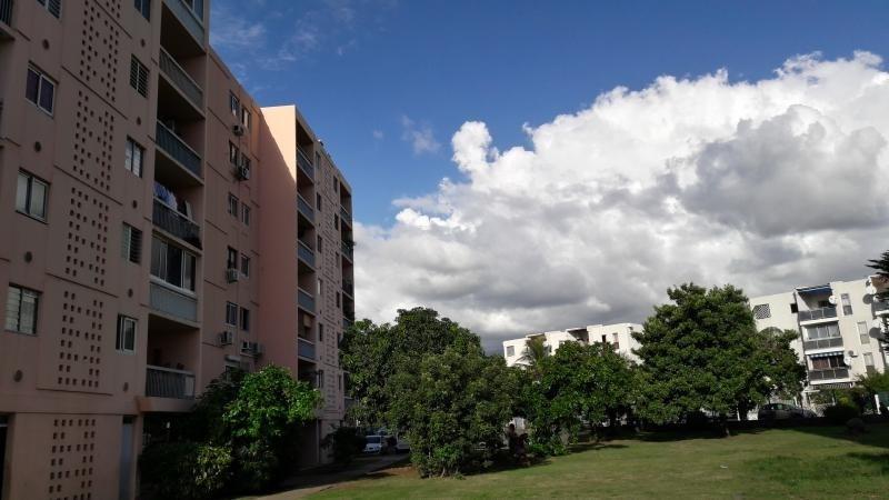 Sale apartment Le port 114450€ - Picture 1