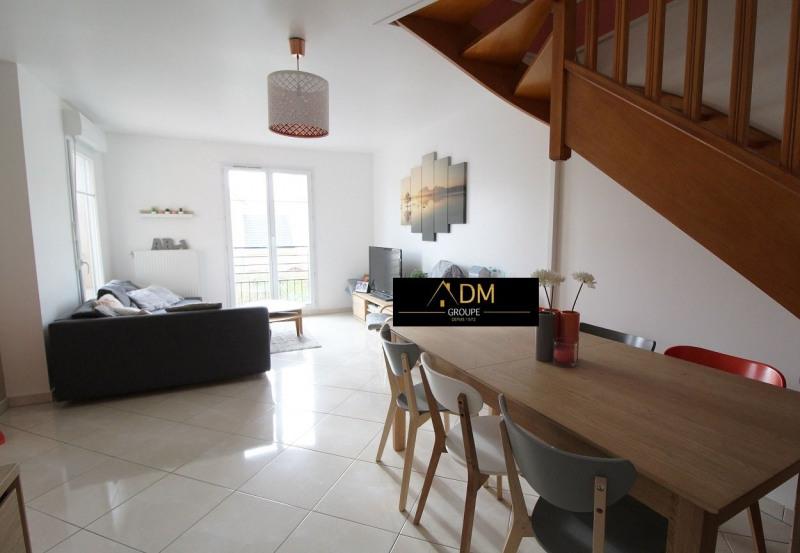 Sale apartment Maurepas 239900€ - Picture 2