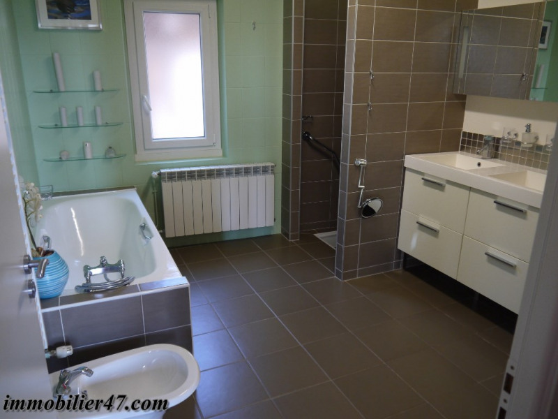 Sale house / villa Laparade 189000€ - Picture 13