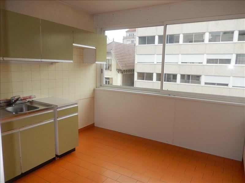 Rental apartment Le puy en velay 406,79€ CC - Picture 3