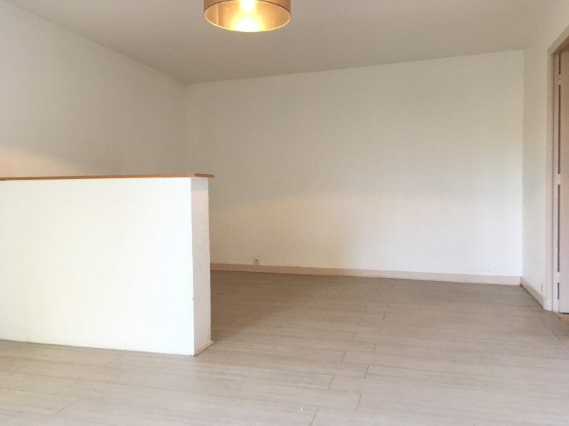Rental apartment Pierrelaye 624€ CC - Picture 6