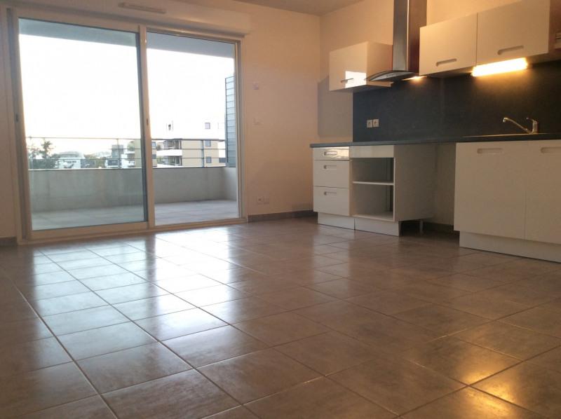 Rental apartment Fréjus 800€ CC - Picture 1
