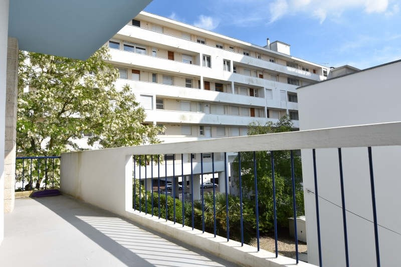 Sale apartment Royan 295 000€ - Picture 1