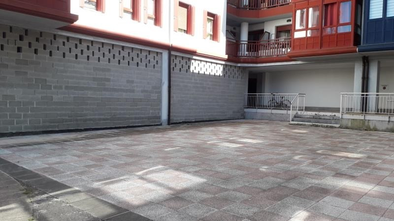Vente local commercial Hendaye 230 000€ - Photo 1
