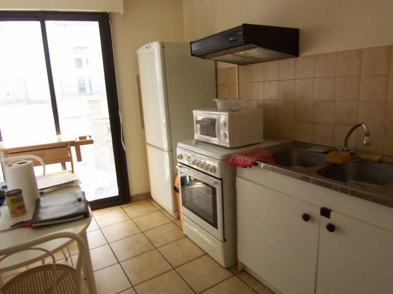 Sale apartment Beziers 79 000€ - Picture 2