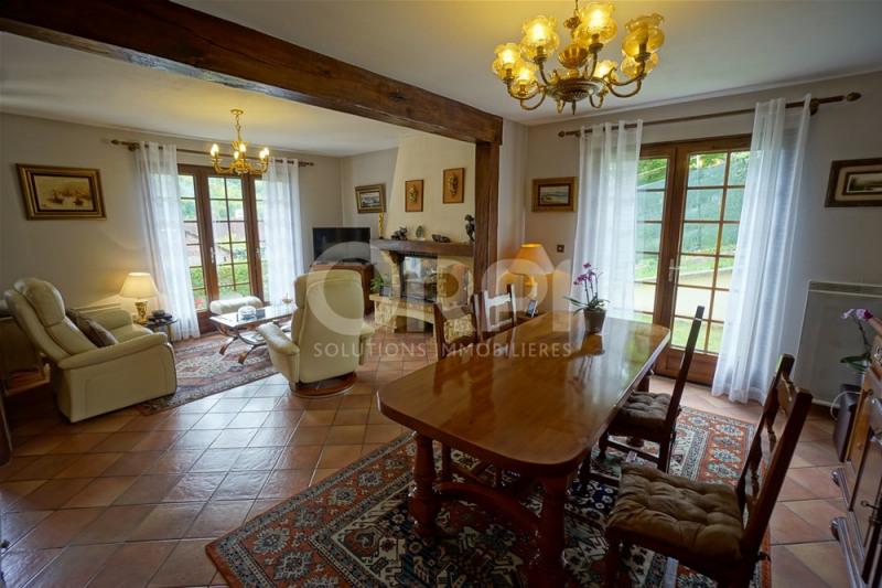 Sale house / villa Les andelys 241000€ - Picture 2