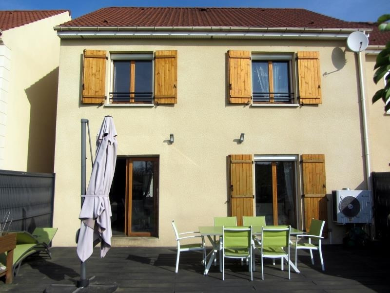 Sale house / villa Osny 336000€ - Picture 1