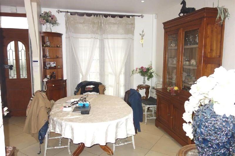 Revenda casa Ste genevieve des bois 430500€ - Fotografia 2