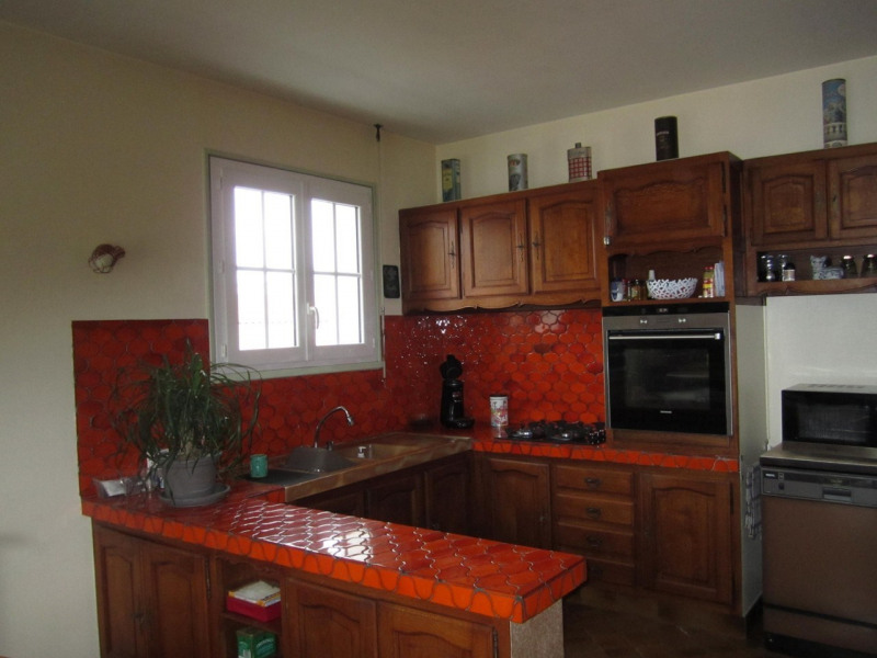 Sale house / villa Barbezieux-saint-hilaire 239 000€ - Picture 6