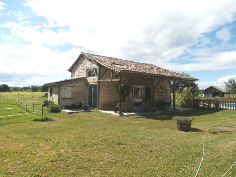 Sale house / villa Saint pierre d'eyraud 370 000€ - Picture 2