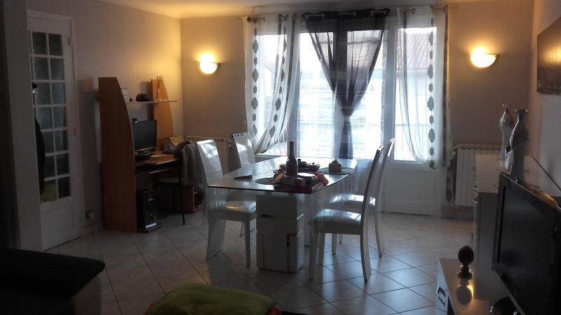 Vente maison / villa Bourgoin-jallieu 320000€ - Photo 3