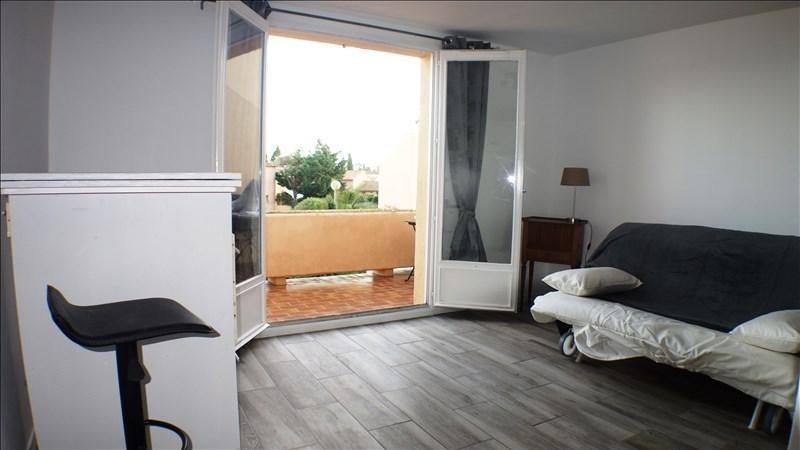 Locação apartamento La londe les maures 481€ CC - Fotografia 1
