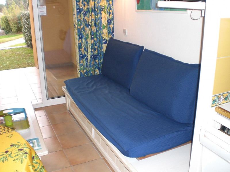 Vacation rental apartment Les issambres 510€ - Picture 6