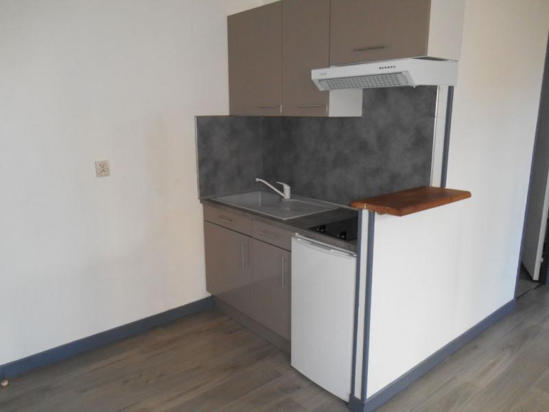 Rental apartment Saint quentin 355€ CC - Picture 4