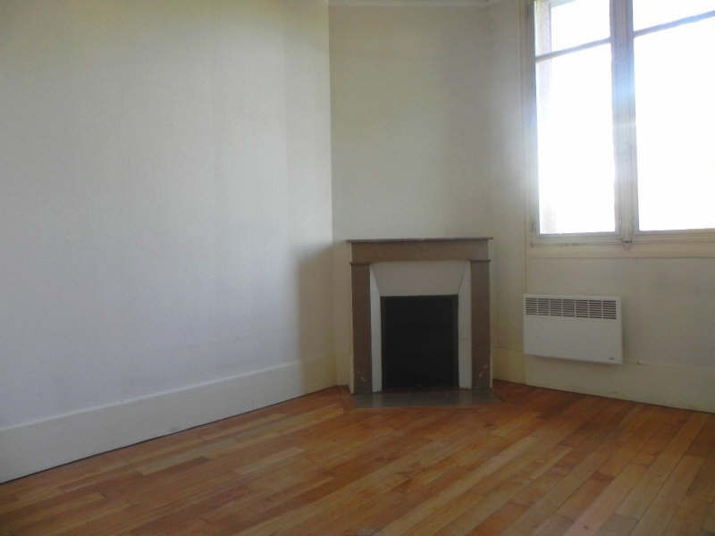Rental apartment Conflans ste honorine 915€ CC - Picture 5