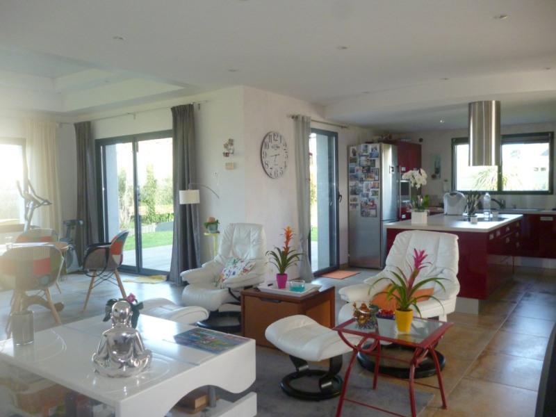Sale house / villa Plouhinec 514100€ - Picture 1