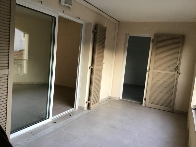 Location appartement Roquebrune-sur-argens 1030€ CC - Photo 7