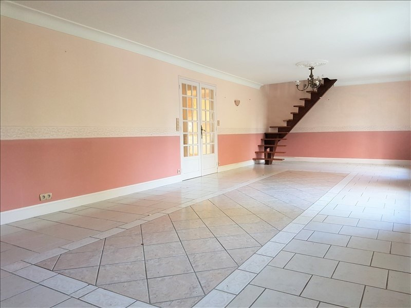 Sale house / villa Pleuven 218 325€ - Picture 4