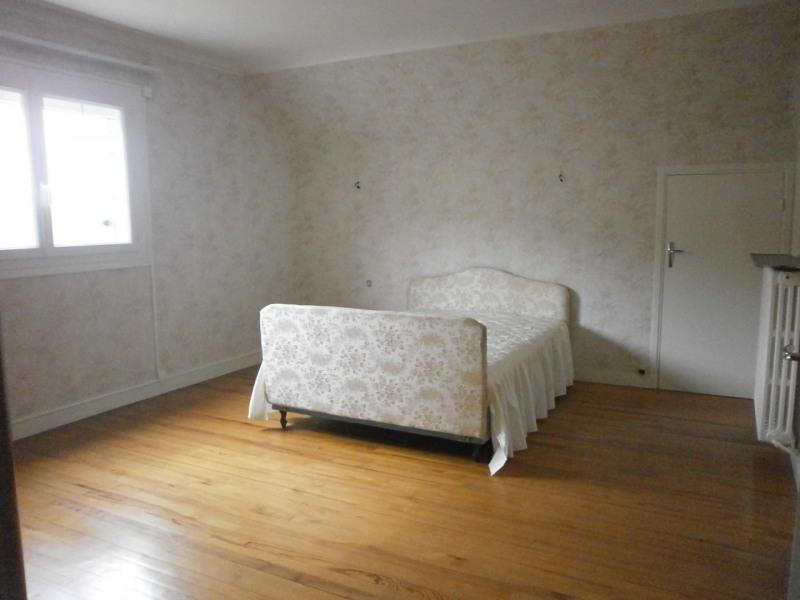 Sale house / villa Ivry la bataille 242000€ - Picture 9