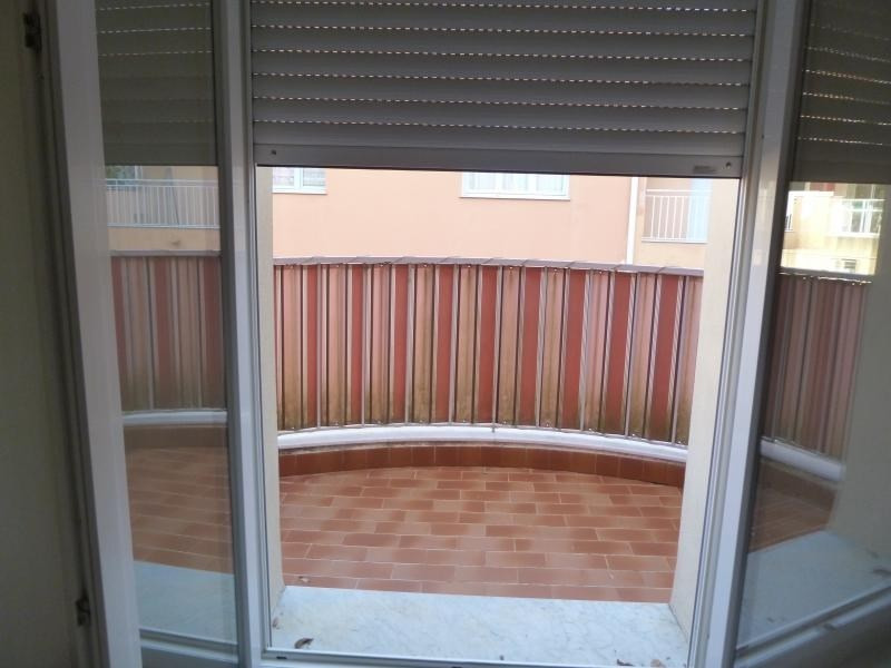 Rental apartment Nice 710€ CC - Picture 3