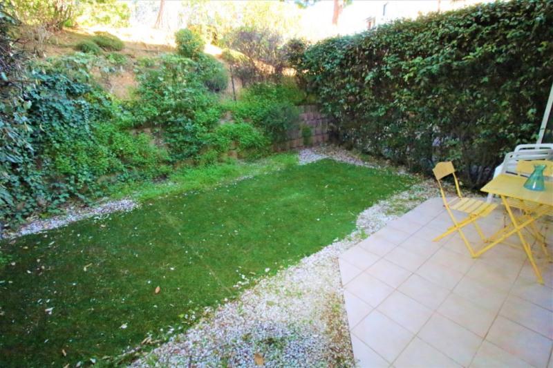 Sale apartment Saint laurent du var 137000€ - Picture 7