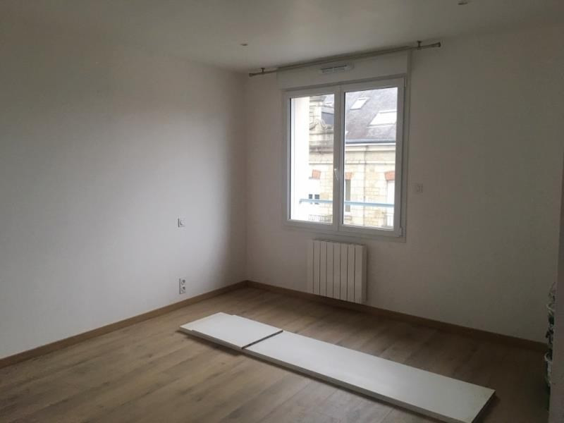 Rental office Fougeres 900€ HT/HC - Picture 3