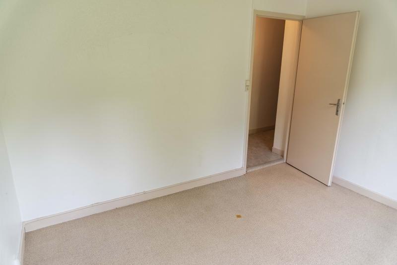 Rental apartment Nantua 299€ CC - Picture 5