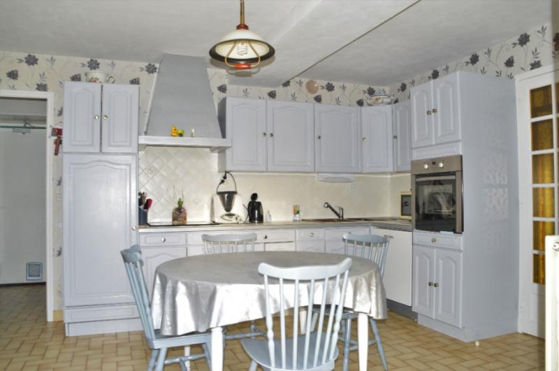 Sale house / villa Renaze 193880€ - Picture 5