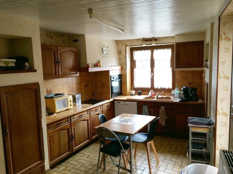 Investment property house / villa Vivonne 168000€ - Picture 8