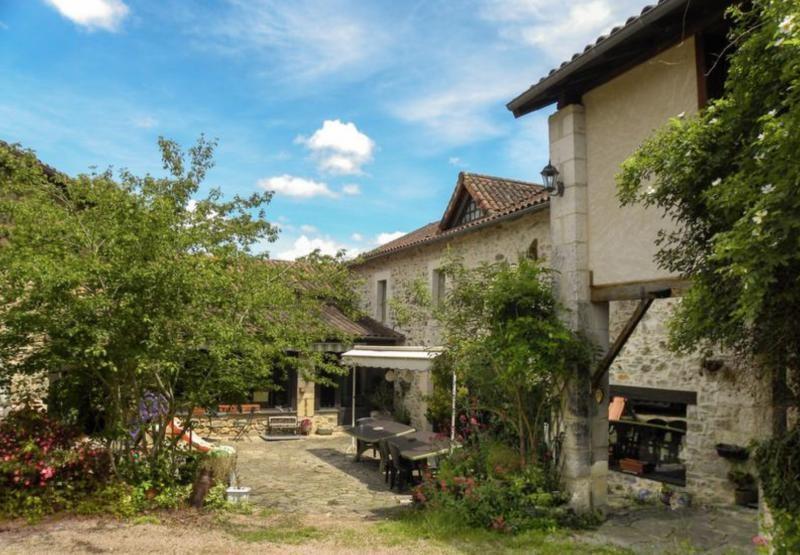 Vente maison / villa St pardoux la riviere 399950€ - Photo 3